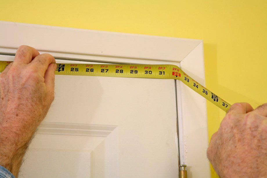 Как самостоятельно снять замеры при установке межкомнатной двери