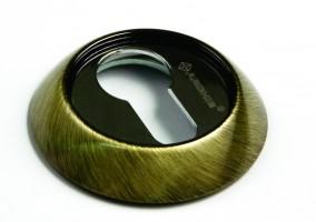Фото -   Накладка на цилиндр Archie, CL B, античная бронза   | фото в интерьере