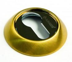 Фото -   Накладка на цилиндр Archie, CL I, золото матовое   | фото в интерьере