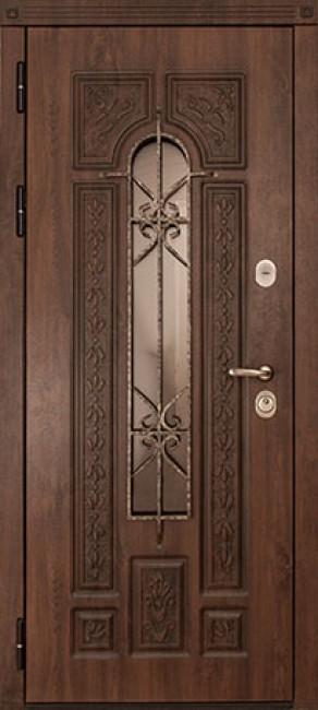 Фото -   Стальная дверь Русь   | фото в интерьере